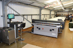 Sanders laser cutting table